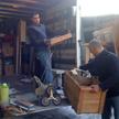 Nos ouvriers en plein débarras de maison !